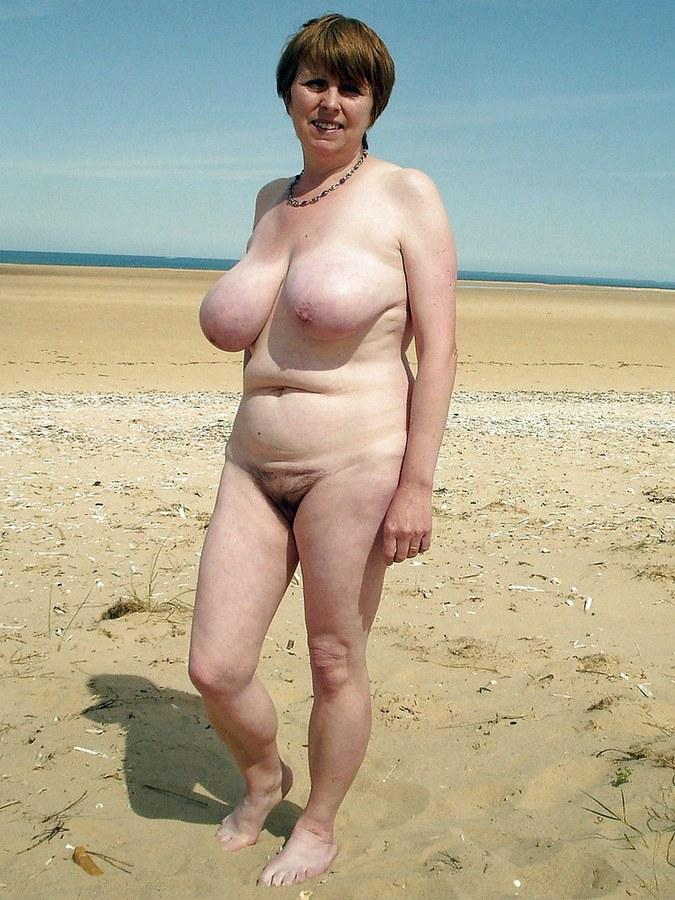 Naked older lady pics