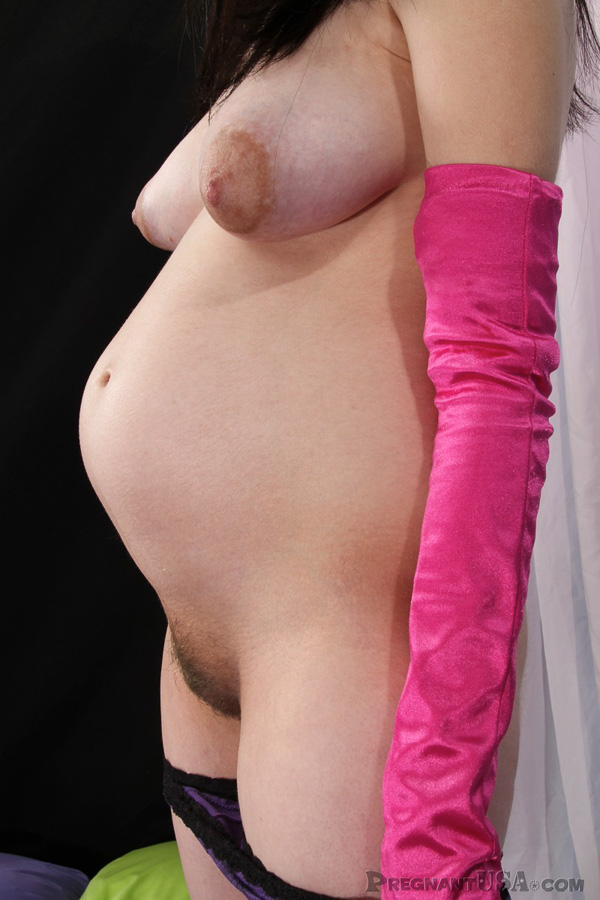 erotictonaughty gallery puffy nipples pregnant girl large 08